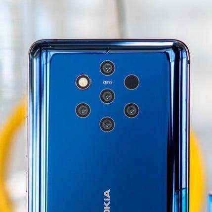 Le smartphone Nokia 9 avec 5 objectifs photo